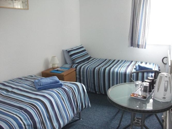 room2s