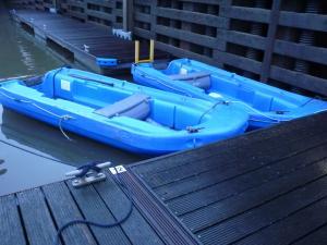 Blue tenders